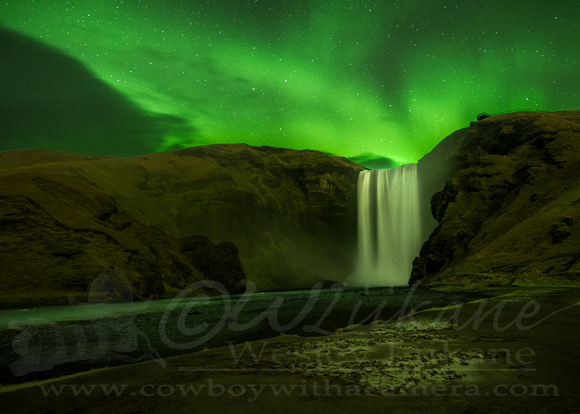 Aurora over Skógafoss